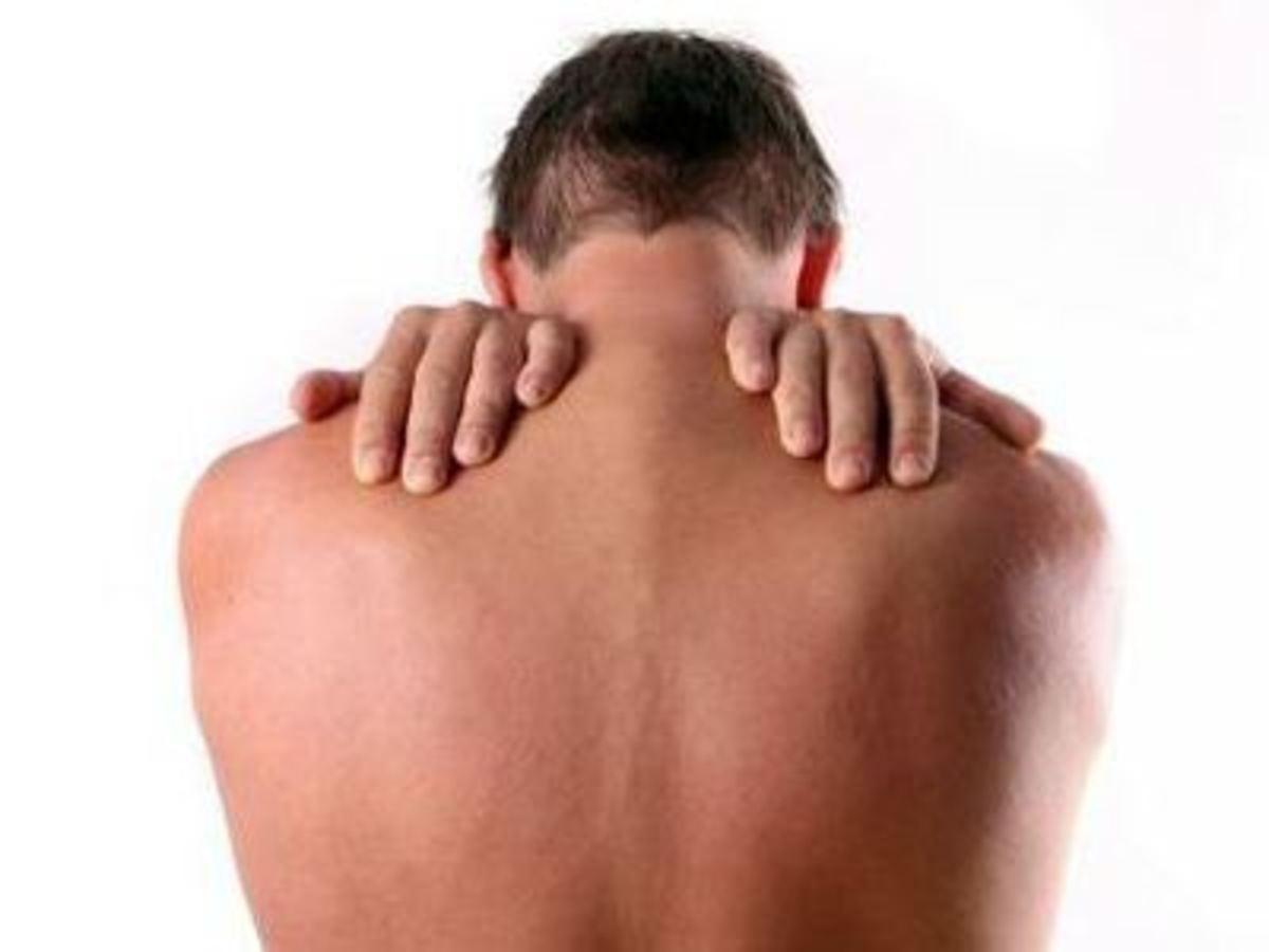 Αντιμετωπίστε φυσικά τους πόνους στην πλάτη! dfa4731ae95