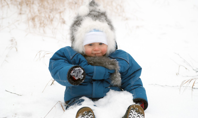 The small boy in the winter