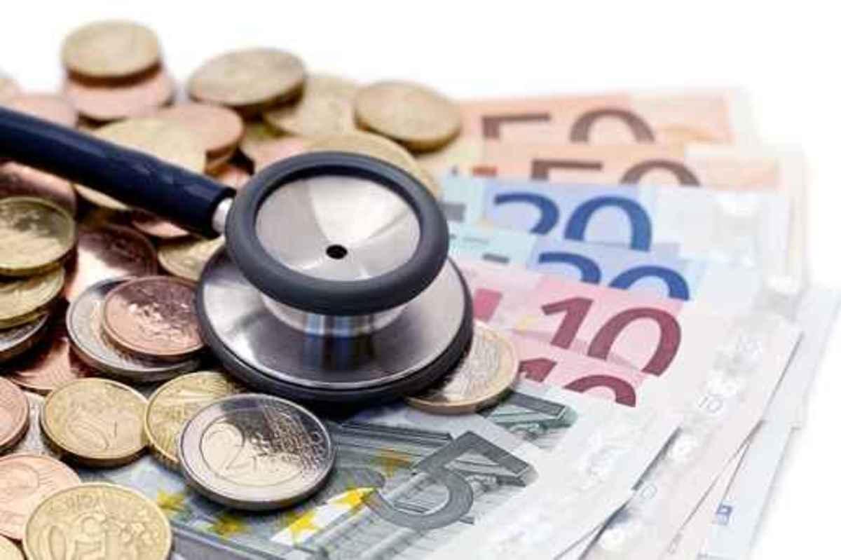 Stéthoscope et euros