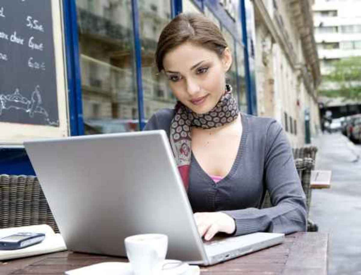 A young attractive woman surfing online