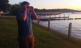 Viral στο internet: Έχει αχρωματοψία και βλέπει για πρώτη φορά ηλιοβασίλεμα (ΒΙΝΤΕΟ)