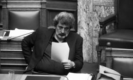 http://www.newsit.gr/politikh/Prosopiki-epithesi-Polaki-stin-Eyaggelia-Tsikrika/648471
