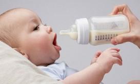 γαλα στο μωρο