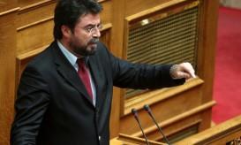 Ο κοινοβουλευτικός εκπρόσωπος της ΔΗΜΑΡ Βασίλης Οικονόμου μιλάει στη συζήτηση του νομοσχεδίου για τα ΑΕΙ στην Ολομέλεια της Βουλής, την Τετάρτη 1 Αυγούστου 2012.  ΑΠΕ-ΜΠΕ/ΑΠΕ-ΜΠΕ/ΣΥΜΕΛΑ ΠΑΝΤΖΑΡΤΖΗ