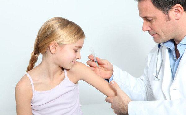 εμβολιασμός-600x370