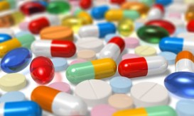 pharmacy-pills-color-3