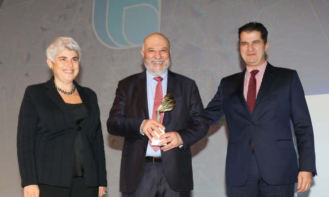 _Βράβευση GENESIS_Growth Awards