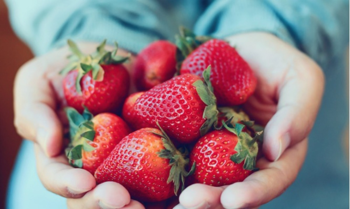 φράουλες