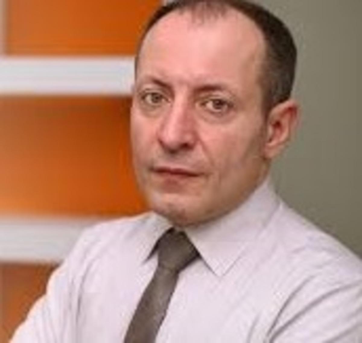 Δρ. ΑΛΕΞΑΝΔΡΟΣ ΜΑΤΘΑΙΟΥ 1