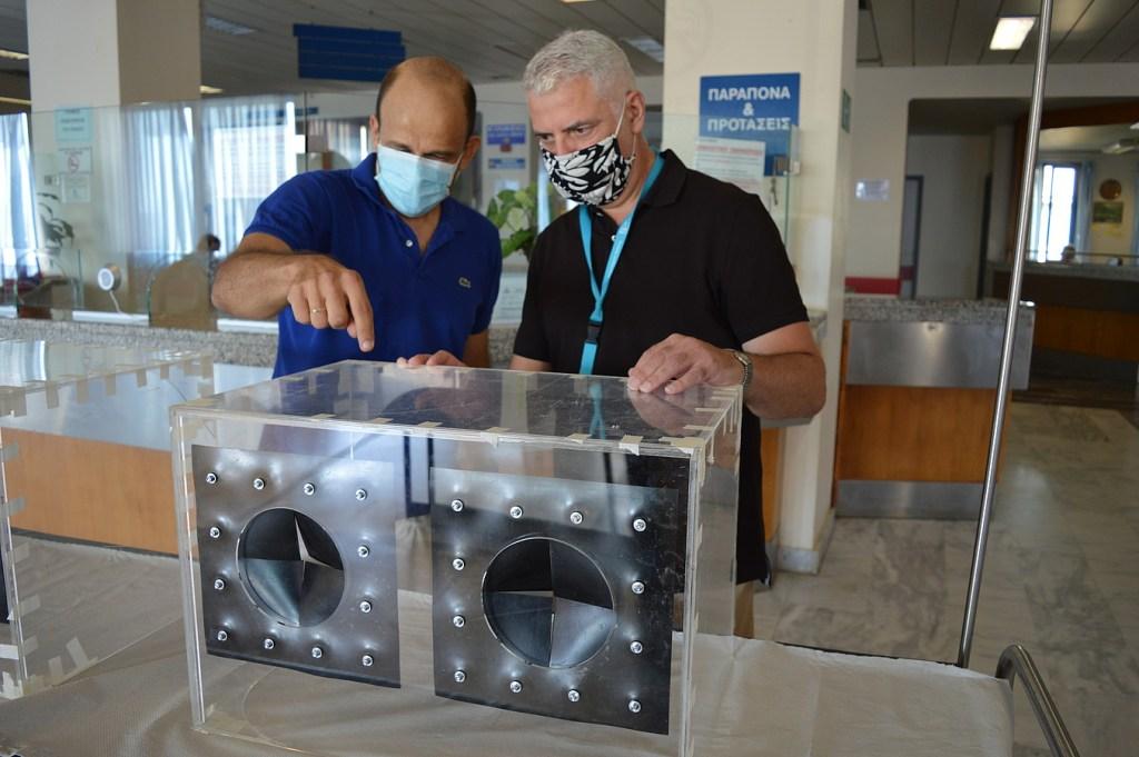 Προστατευτικά κουβούκλια για ασθενείς με κορονοϊό: Ελληνική πατέντα από το Πολυτεχνείο Κρήτης! (pics, vid)
