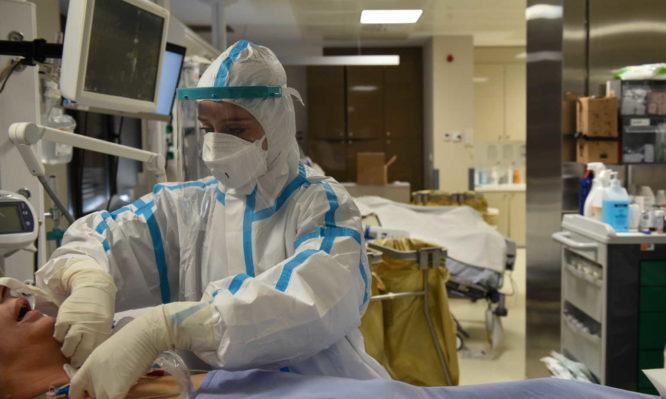 Υπουργείο Υγείας: Αυτές είναι οι διαθέσιμες κλίνες ΜΕΘ Covid σε όλη τη χώρα – Αναλυτική λίστα