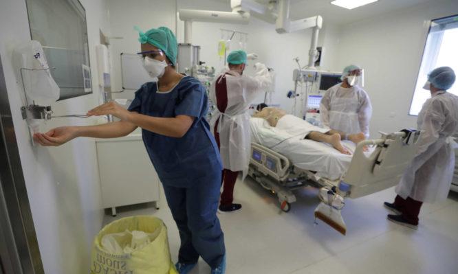 Κορονοϊός: ΣΟΚ! Ρεκόρ εισαγωγών κορονοϊού στην Αττική με 213 ασθενείς το τελευταίο 24ωρο - 90 ασθενείς σε λίστα αναμονής για ΜΕΘ - Iatropedia